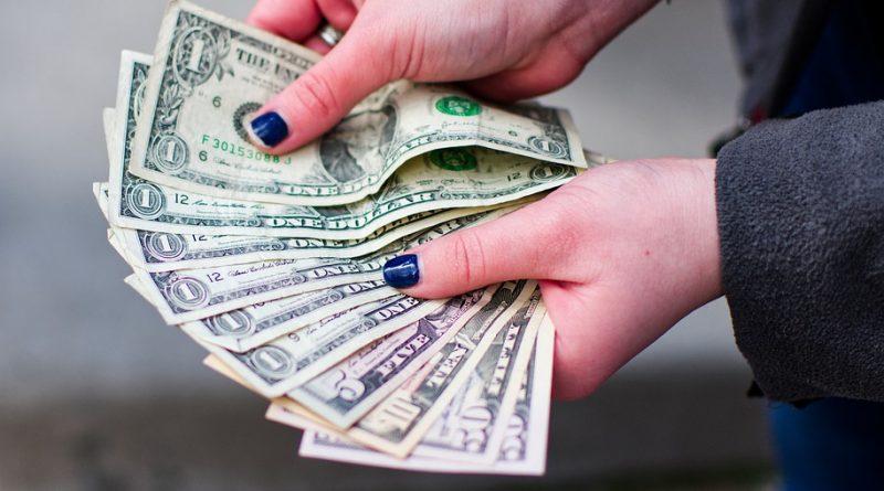Naučte sa hospodáriť s peniazmi vďaka niekoľkým pravidlám
